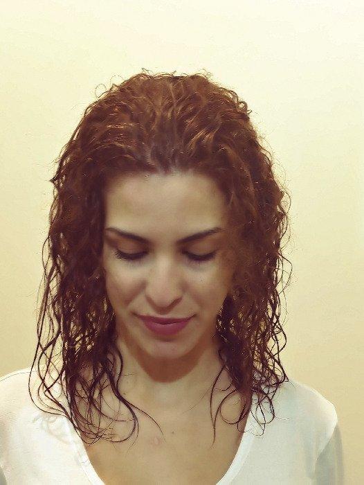 לפני מילוי והארכת שיער מתותל